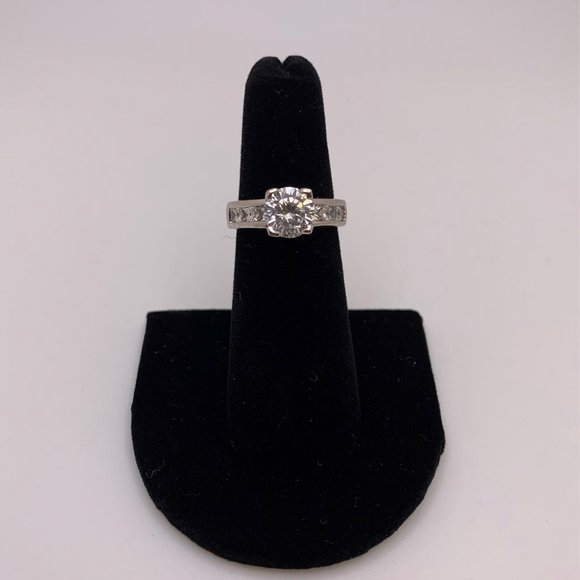 Women's 18kt White Gold Plated Cz Ring